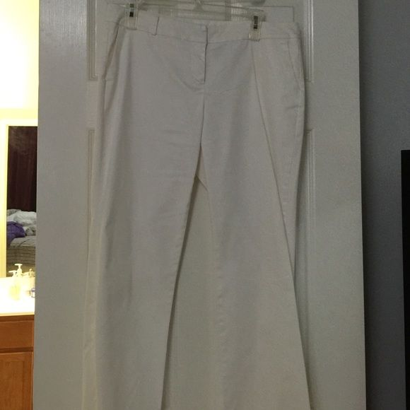 White slacks White slacks New York & CO size 12.great for the working girl. New York & Company Pants Trousers