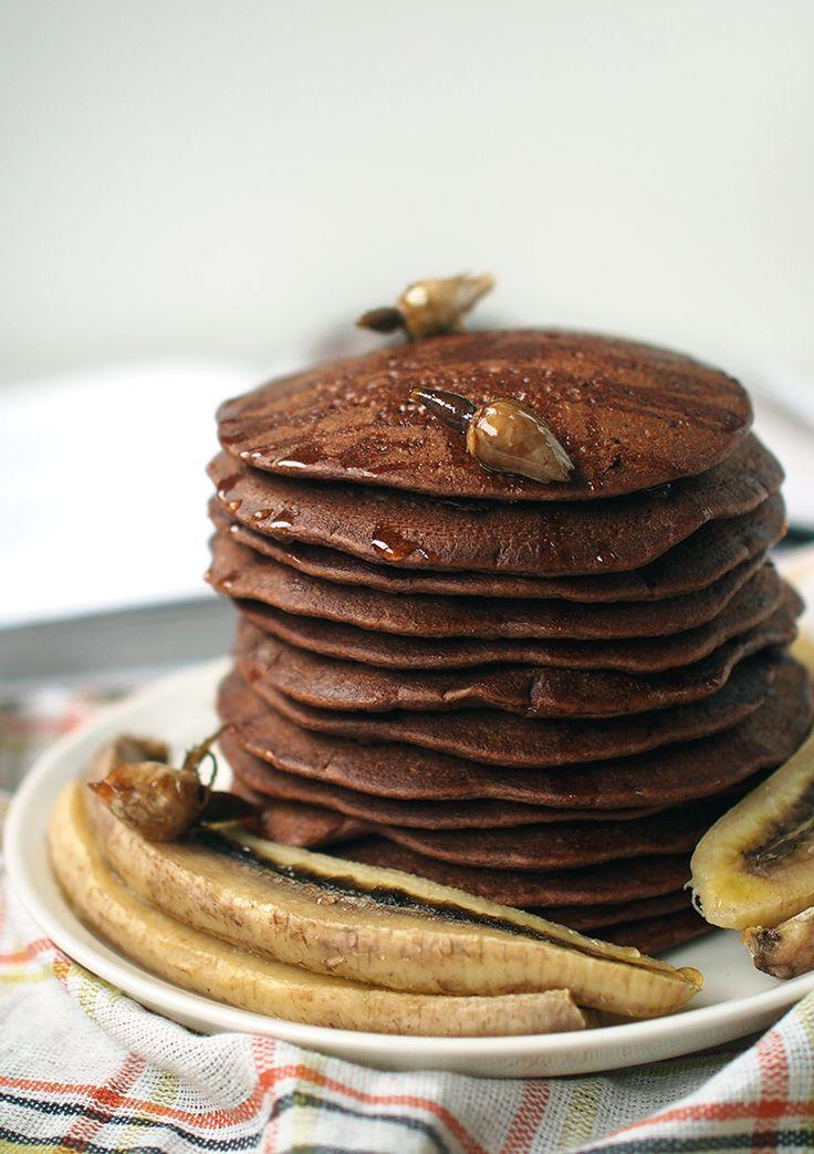 Suklaiset Proteiinipannukakut - Vegaanin keittiössä kirjasta