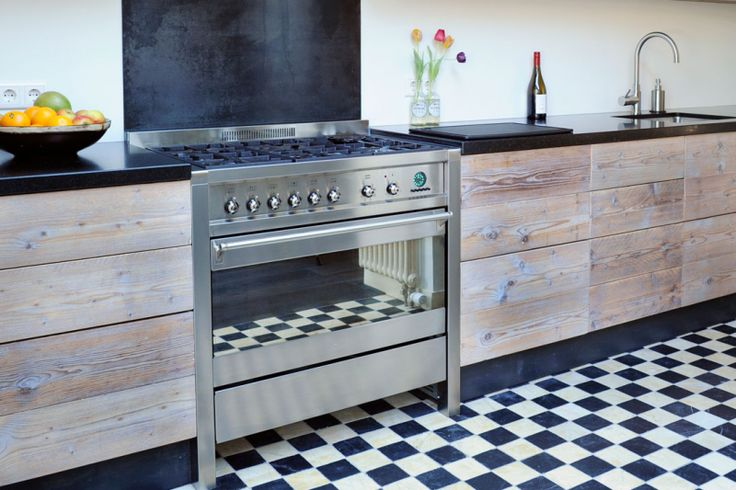 Steigerhouten Keuken Met Betonnen Blad : steigerhout #restylexl #keukens #keuken #steigerhout #steigerhouten