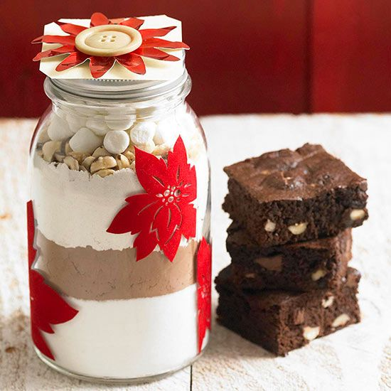 Hazelnut Rocky Road Brownie Mix--Homemade brownie mix in a jar is a great gift for families. Our recipe features rich cocoa powder, gooey marshmallows, and a layer of crunchy hazelnuts. Pour the ingredients into the jar one by one, and then decorate it
