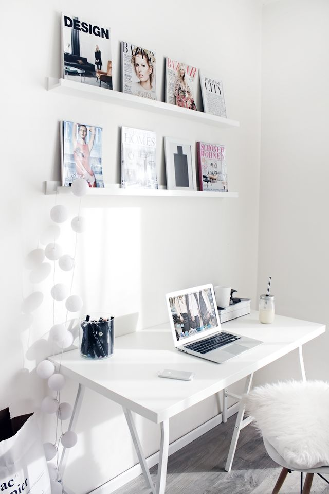 Pretty all whiteWorkspace | Home Office Details | Ideas for #homeoffice | Interior Design | Decoration | Organization | Architecture | White Desk | Chair