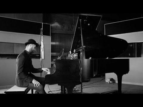 ▶ Pierre Lapointe - Les perles de nos yeux - YouTube