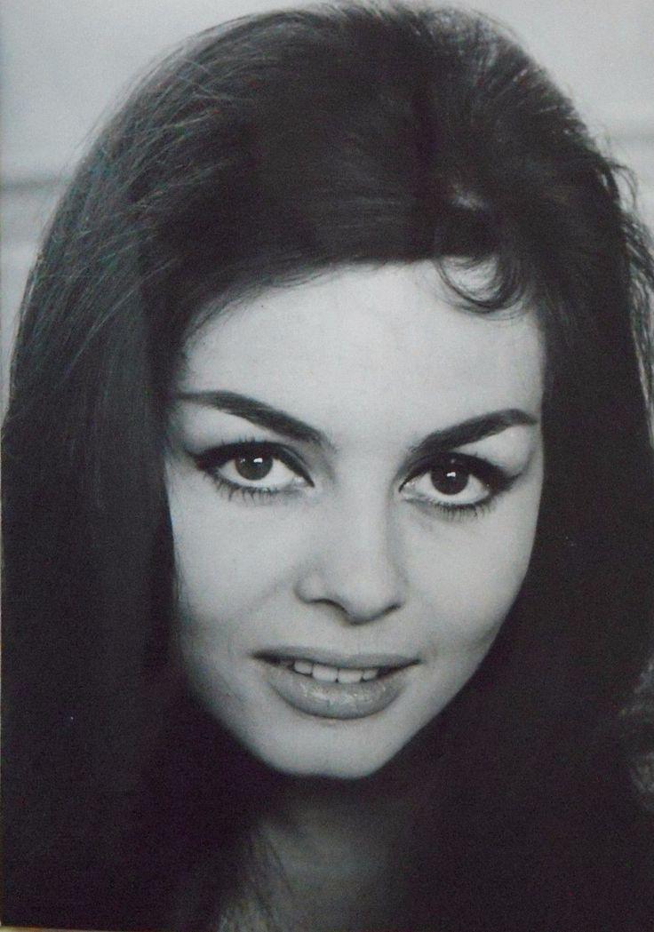 2 photos de presse originale de l'actrice française Michèle MERCIER | eBay