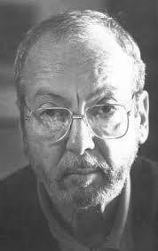 Enrique Grau Araujo. Pintor, escultor, escenógrafo y director de cine colombiano, cuya obra se ha considerado como una de las más importantes de Colombia durante el siglo XX.
