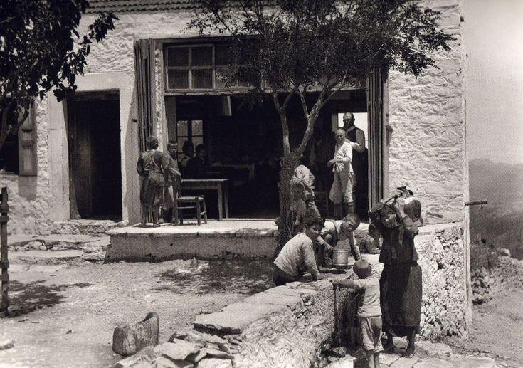 Crete, 1913,   François Frédéric (Fred) Boissonnas (1858-1946)