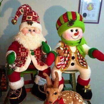 Noel y nieve sentados