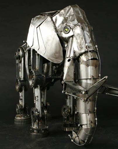Steampunk Mechanical elephant by Andrew Chase is made of electrical conduit, transmission parts, and 20-gauge steel