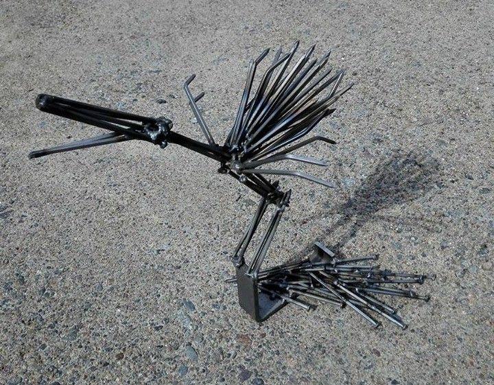 """Raakku"" 08/2015 The nailbird, scrap metal art"