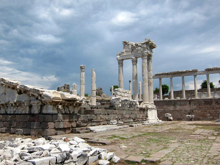 Part of the Palace complex, Pergamon, Turkey