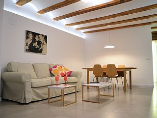 Lovely & Cozy  3 rooms apartment in the heart of the city. Kids friendly.Alquiler de vacaciones en Valencia (Casco Antiguo) de @homeaway! #vacation #rental #travel #homeaway