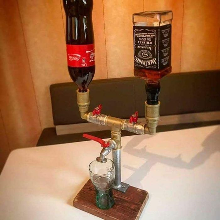 bebedor de coca y jack daniels