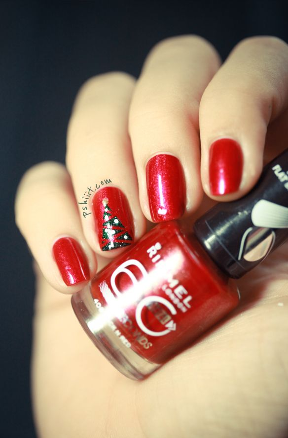 Deck your nails in festive Christmas trees | Offbeat Bride