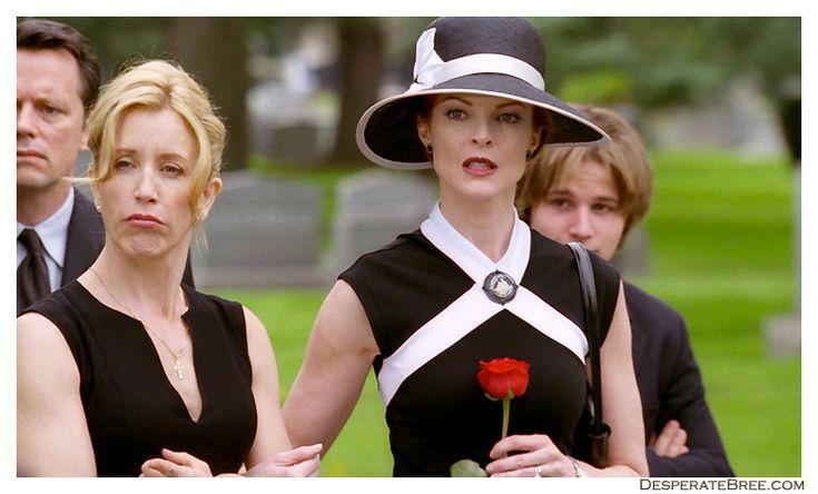 Bree Van De Kamp outfit at Solis's funeral