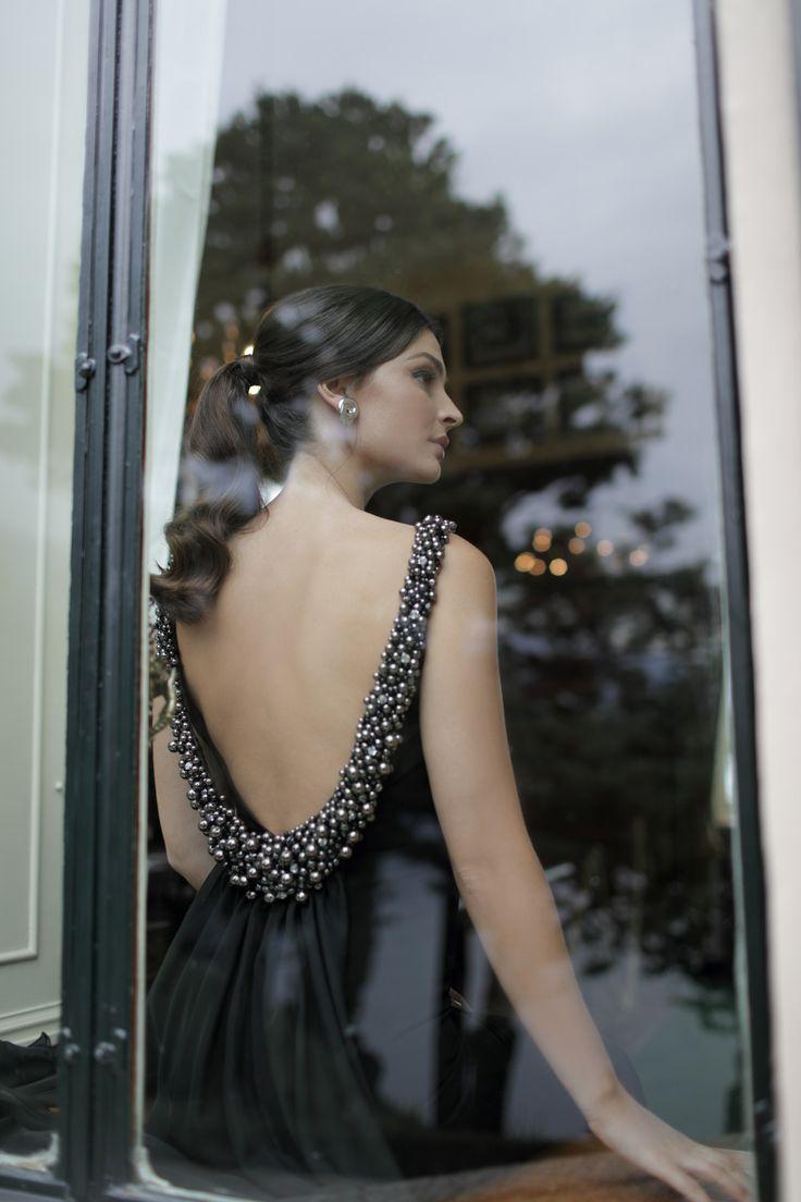 Tarik Ediz (Тарик эдиз) — официальное представительство. У нас можно купить вечерние и свадебные платья.
