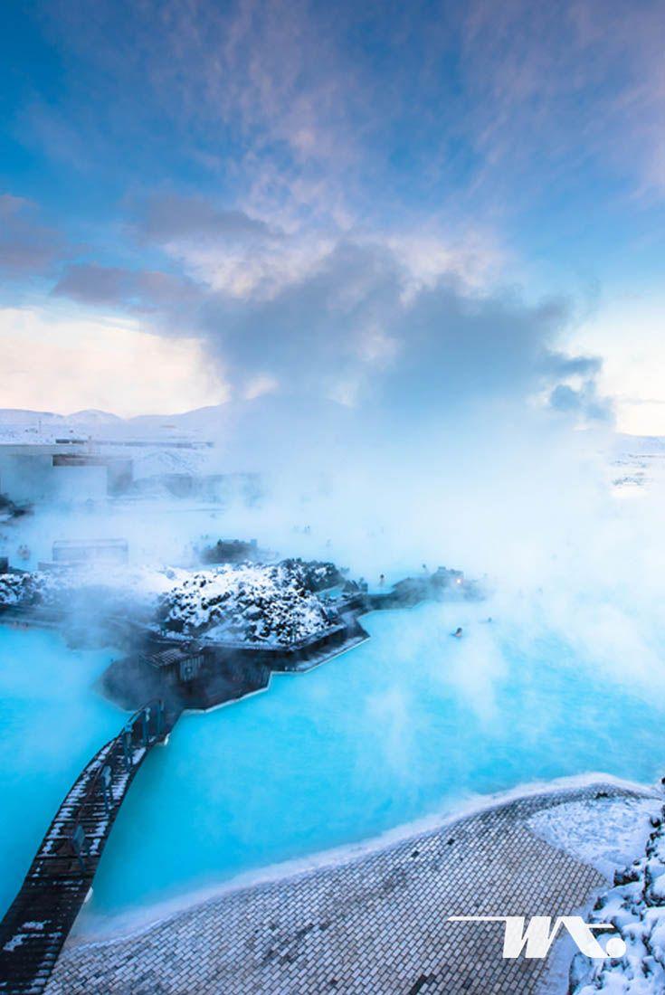 Iceland menawarkan pengalaman berlibur yang tidak akan terlupakan. Negeri es ini menyimpan begitu banyak tempat istimewa untuk dijelajahi. Salah satunya adalah Blue Lagoon, kolam pemandian air panas alami ini akan tetap hangat walau di musim dingin dengan suhu dibawah nol derajat. Anda tidak hanya bisa merasakan releksasi ketika berendam di Blue Lagoon, warna airnya yang biru toska karena mengandung sulfur dan silica membuat cantik kolam ini dan menjadi pemandangan yang menakjubkan jika…