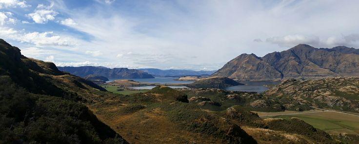 New Zealand - South island - Wanaka - Aspiring mountain - view on the Lake Wanaka - Autumn - Diamond lake conservation area