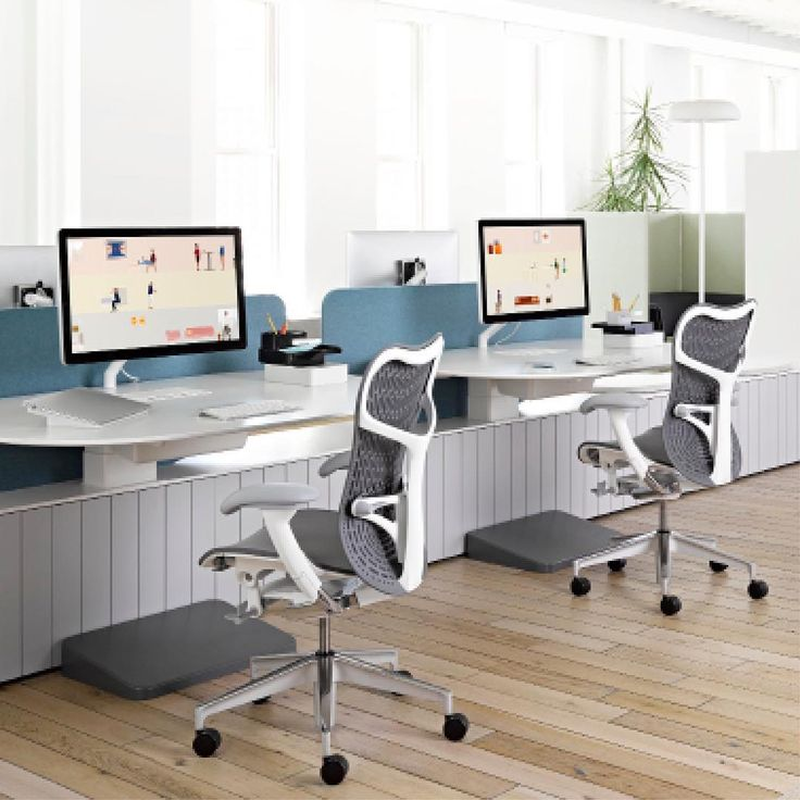 This is a system that enables people to seamlessly transition between working together and alone, and in seated or standing postures. With Locale, people can be more focused, creative, and free to do their best. Elevate your Workplace with Locale and contact G|M Business Interiors!   #interiordesign #workplacedesign #officedesign #furnituredesign #designinspiration