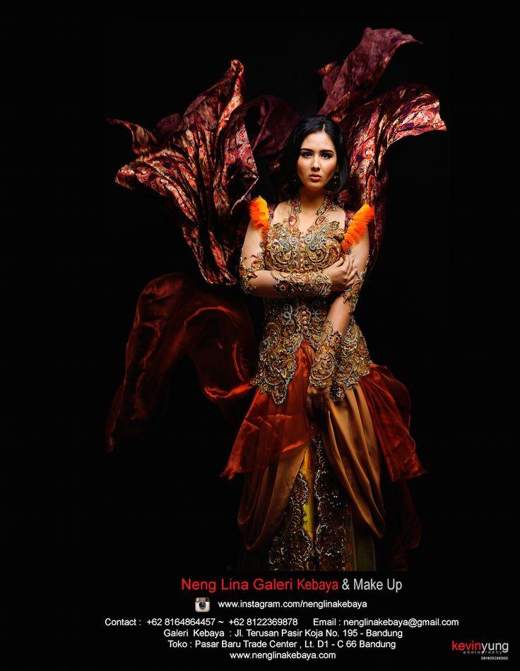 #Kebaya #Wedding #Bride #Models #Photo #MakeUp #MUA #MakeUpArtis #NengLina #Nenglinakebaya #Bandung #Indonesia #Dress #Gown #Designer #ArifSusanto