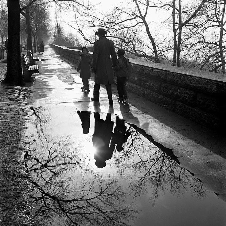 Best MirrorsVM Images On Pinterest Vivian Maier - Photographer captures the amazing reflections of puddles in new yorks streets