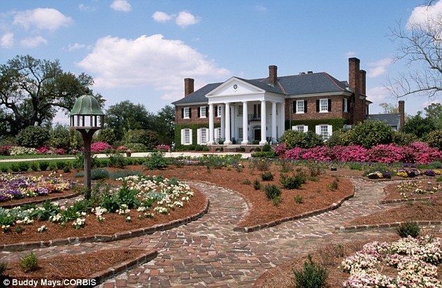 82 best images about boone hall plantation on pinterest for Most haunted places in south carolina