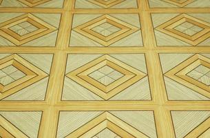 Cómo pintar pisos de vinilo viejos