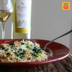 Post image for Angel Hair Pasta with Chicken Spinach and White Wine Sauce #SundaySupper
