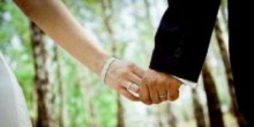 Tiga Bulan Setelah Menikah, Wanita Ini Baru Tahu Suami Ternyata Kakek Kandungnya, Mereka Sepakat Tak Akan Bercerai