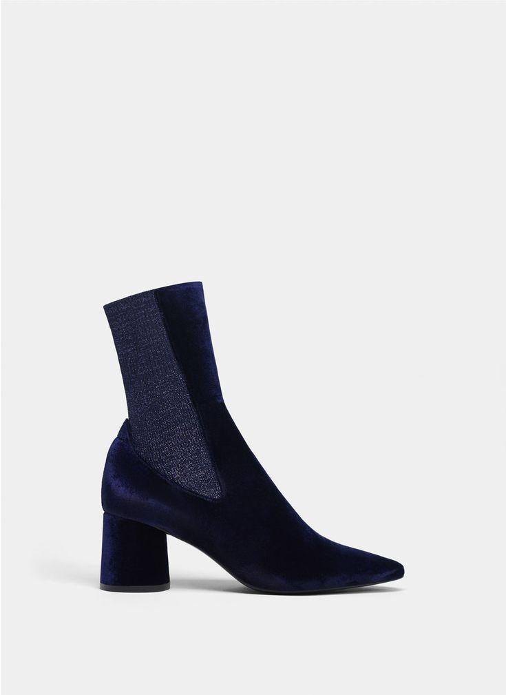 Botín terciopelo azul - Ver todo - Calzado - Uterqüe España