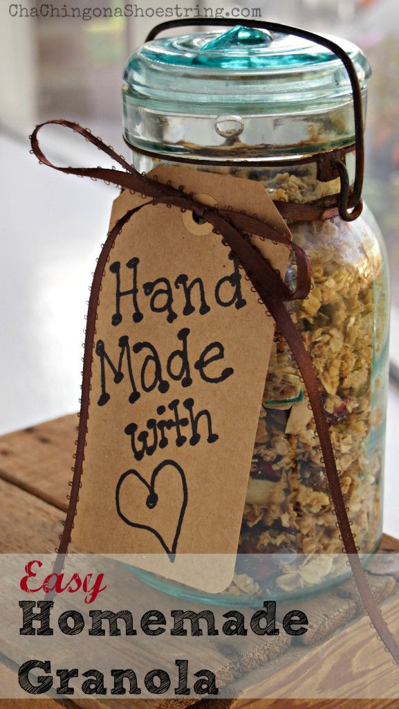 Easy homemade granola recipe - so much better than from a box! Great gift idea too.
