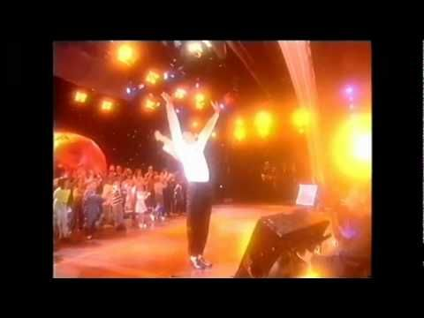 Michael Jackson Earth Song Live World Music Awards 1996 HD (best performance) - YouTube