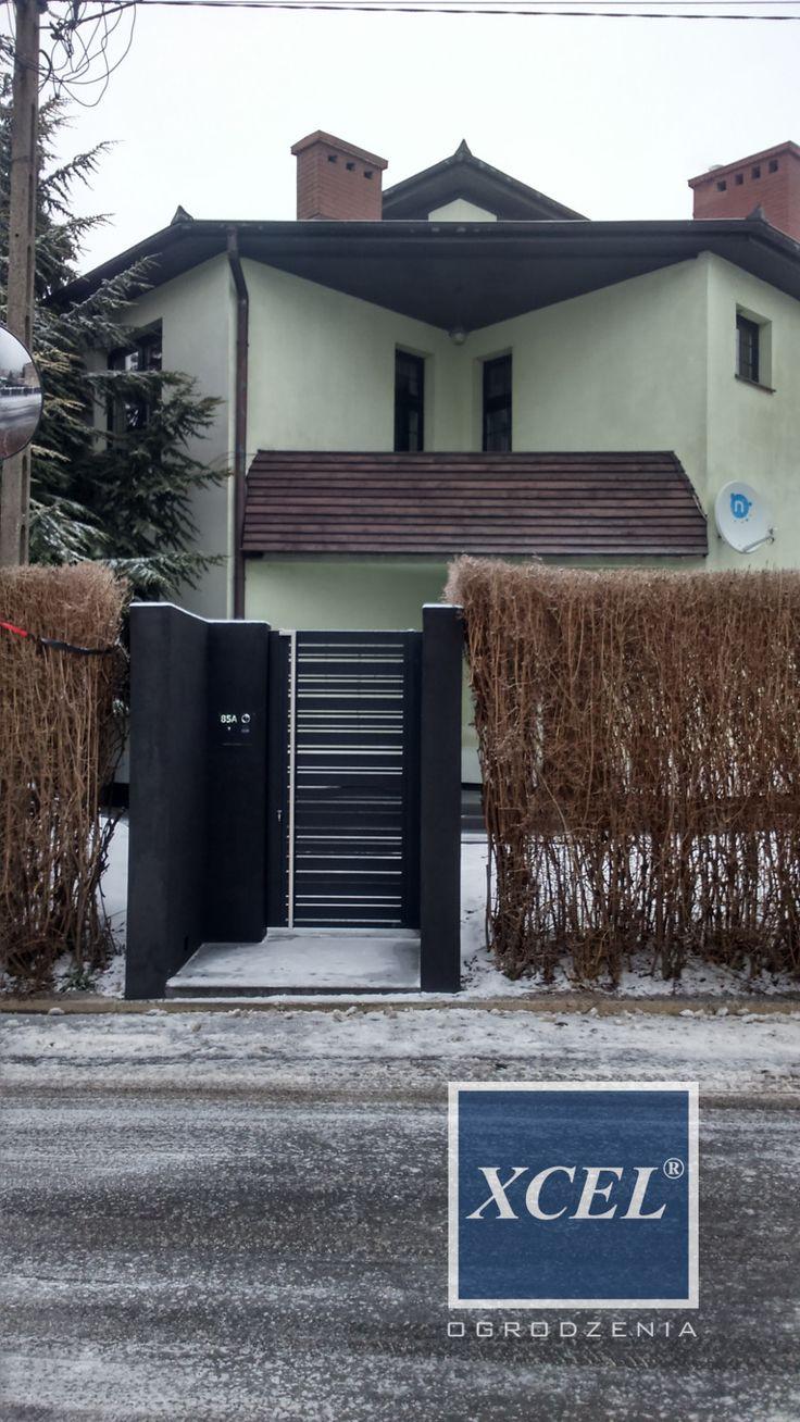 nowoczesna furtka do domu wejściowa aluminiowa pozioma