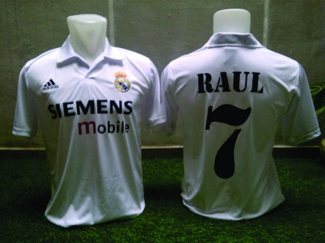 This classic 2002/03 Real Madr... ready on our store now. Check it now http://www.classicfootballjersey.com/products/2002-03-real-madrid-home-raul-7