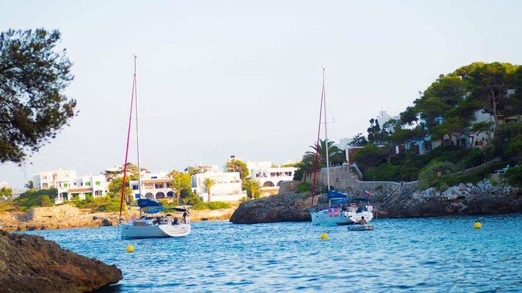 Good Afternoon 🌴☀️ #mallorca #calador #foodforfoodies #foodlovers #foodporn #labodega #wine #and #tapas #sailing #travelspain