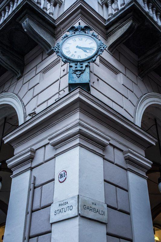 Orologio comunale piazza Garibaldi, via Garibaldi #Torino
