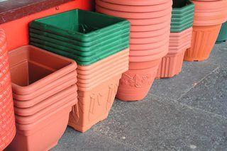 How to Paint Plastic Plant Pots | eHow