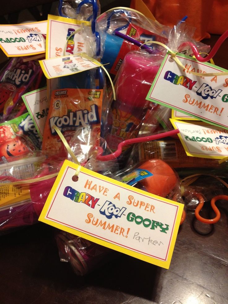 Combo of 2 ideas from fellow pinners: Crazy straw, packet of Kool-aid, and dollar store Goofy String! Made a cute lil tag too! Perfect end of the year gift bags for my sons class!