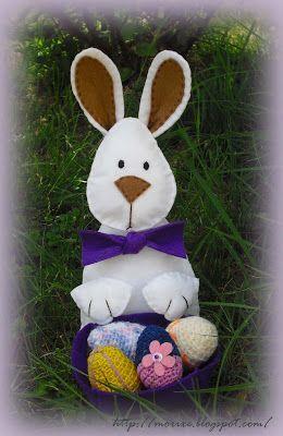 Artmorixe - Conejo de Pascua con huevos a crochet