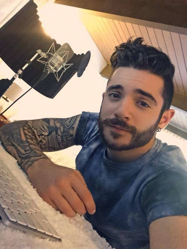 Jon Bellion                                                       …
