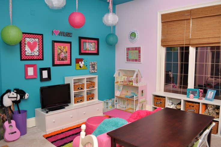 Colorful playroom inspi chambre d 39 enfant pinterest - Colorful room for kids ...