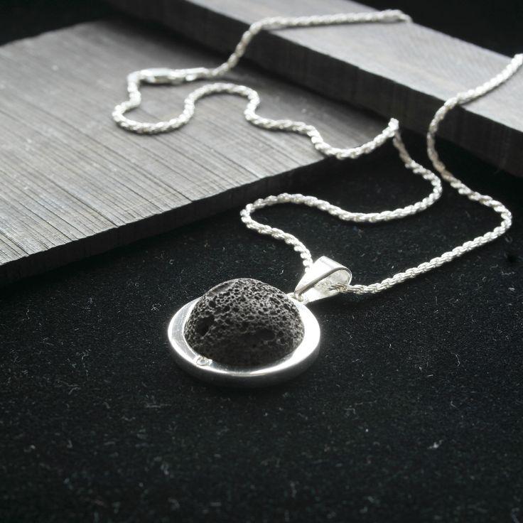 Colgante plata 950 ,piedra volcanica y circon