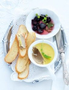 Chicken-liver-pate-with-sweet-and-sour-grapes