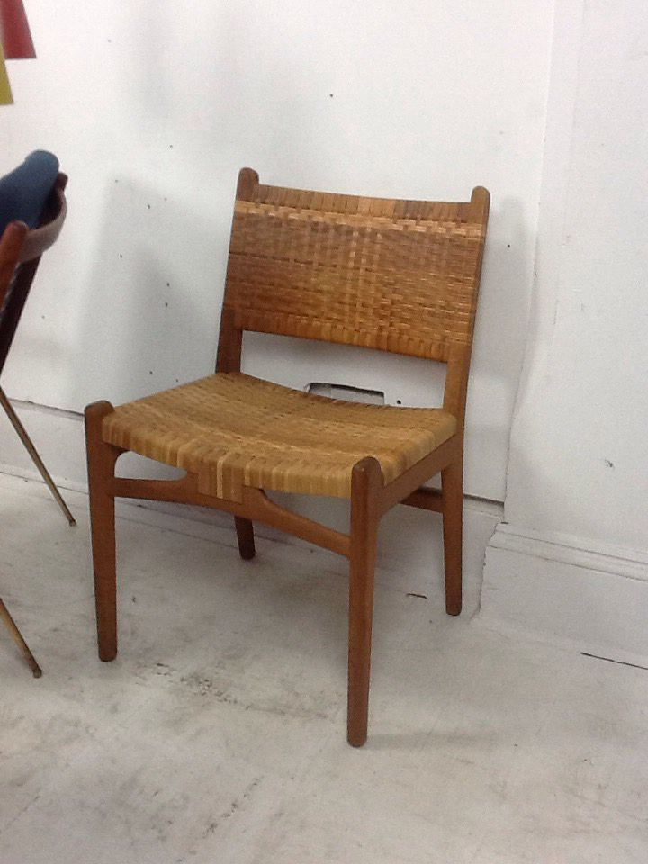 A new arrival. Hans wegner set of 6 dining chairs model ch31 designed for Carl hansen. Lovely patina on both oak frame and cane seats. £4200 for the set. http://bit.ly/1OVAftA