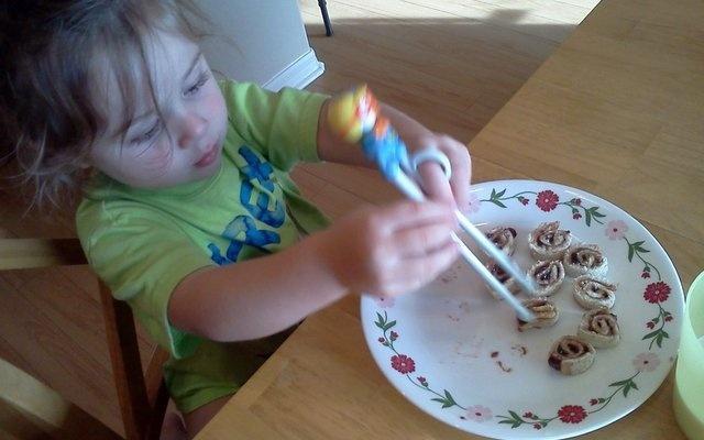 PB Sushi Rolls Recipe - Circle of Moms