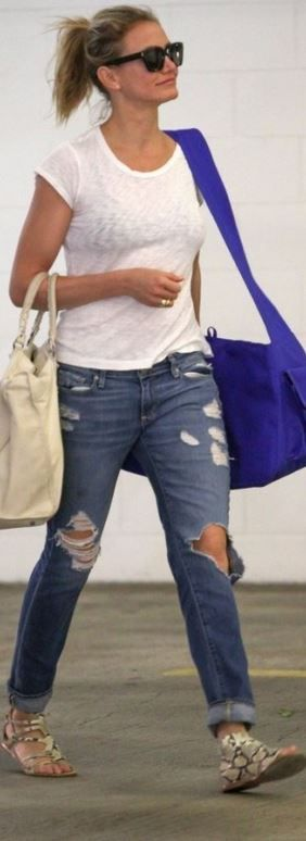 Ripped jeans and a T is all you need @ LAX to JFK