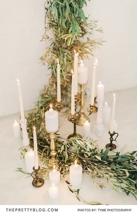 Perfect Muted Greenery with Candles for a Relaxed Wedding | Photography by Tyme Photography | Flowers by Absolute Perfection