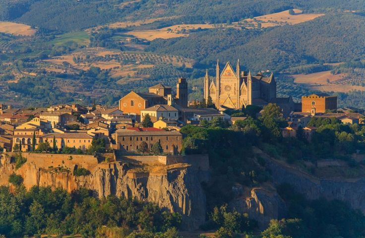 "Orvieto, so majestic on its tuff cliff, in the western corner of Umbria, will be the perfect place for a week dedicated to ""study"" and ""pleasure"". Besides the hours dedicated to the study, you will enjoy yourself visiting the wonderful city of Orvieto starting from the suggestive site of Orvieto Underground. Italian Language Course in Orvieto #dreavel #hiddentreasures #tourism  #discoverumbria #umbria #toursinumbria #courses"