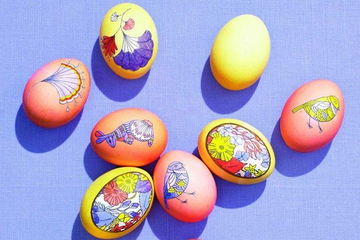 Ostereier mit Malstift färben - verschiedene Naturmuster