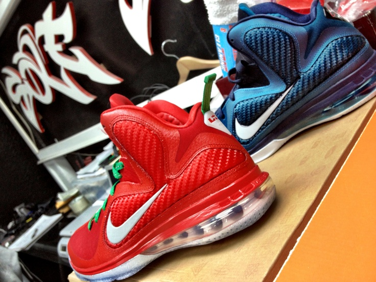 #lebron #james #christmas #swingman #sneakers #shoes #nike #jordans