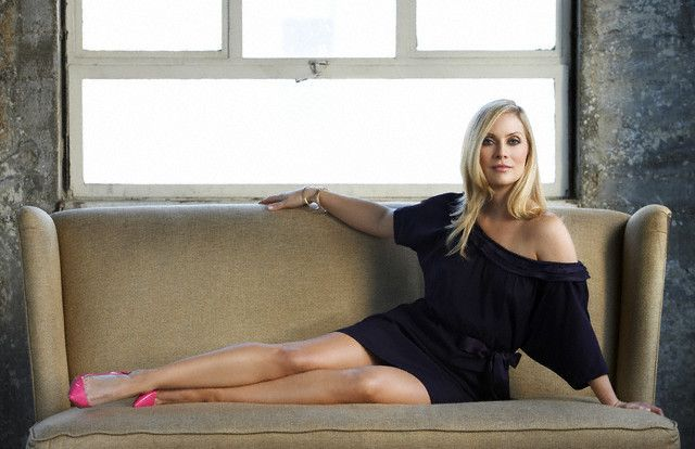 Les Stars Nues : Emily Procter - 52 photos - 3 vidéos - 0