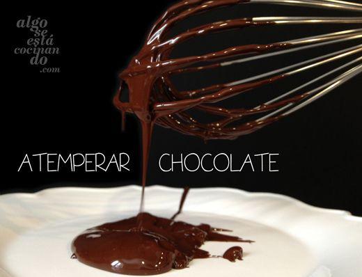 Atemperar chocolate